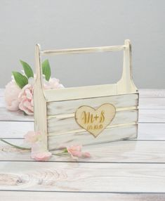 Wooden baskets for flower girls See more on Love4Weddings  http://www.love4weddings.gr/ideas-for-flower-girls/