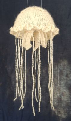 Knitted jelly fish
