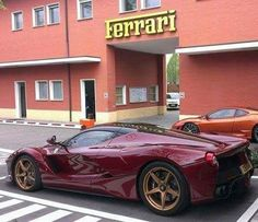 What about this spec? I love it because its so unique. And the shade of red is stunning?! Prestige Carstyle Ferrari LaFerrari Ferrari tags for likes #t4l