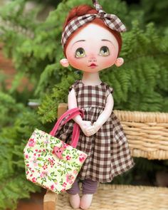 Doll Drawing, Fabric Toys, Hello Dolly, Felt Toys, Soft Dolls, Doll Patterns, Lana, Doll Clothes, Diy And Crafts