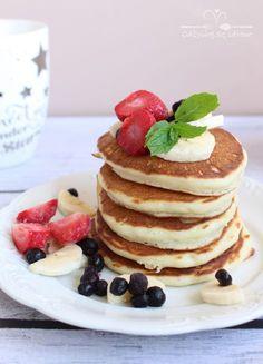 Przepyszne placuszki jogurtowe z owocami - Odżywiaj się zdrowo