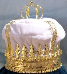 Imperial State Mens King Rhinestone Gold and White Crown
