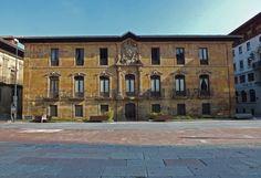 Palacio de Valdecarzana, Oviedo. Principado de Asturias. Spain.    [By Valentin Enrique].