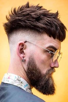 Popular Mens Hairstyles, Cool Hairstyles For Men, Hairstyles With Bangs, Haircuts For Men, Hipster Hairstyles Men, Bangs Hairstyle, Amazing Hairstyles, Fohawk Haircut, Taper Fade Haircut