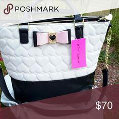 Spotted while shopping on Poshmark: Betsey johnson shoulder bag  NWT! #poshmark #fashion #shopping #style #Betsey Johnson #Handbags