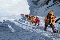 Crowds on Everest summit day 2012  Photo by Simone Moro