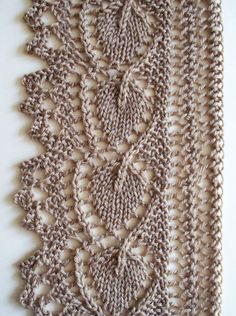 Knitted Lace Edging Patterns : 1000+ images about Knitting: Edgings, Borders & Selvedges on Pinterest ...