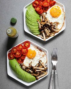 fried eggs roasted tomatoes mushrooms 921