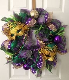 Items similar to Ready To Ship, Mardi Gras Banner, Mardi Gras Bunting, Fat Tuesd… Mardi Gras Party, Mardi Gras Food, Mardi Gras Wreath, Mardi Gras Beads, Wreath Crafts, Diy Wreath, Mesh Wreaths, Wreath Ideas, Mardi Gras Outfits