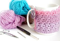 CocoFlower - DIY, Créations, Tuto, Crafts, Crochet, Handmade: DIY Cozy Mug Cover ou le couvre tasse confortable ...