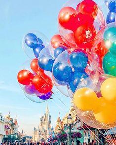 Here's All the Disney News You Missed While You Were Watching Jack Black on TikTok! Disney Princess Memes, Disney Parks, Walt Disney, Disney Food, Cute Disney, Disney Time, Disney Stuff, Disney Balloons, Disney Wedding Dresses