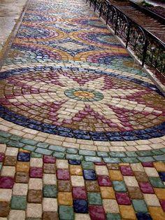 Фото 6 – Тротуарная мозаика