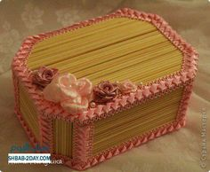 How to Make Handmade Jewelry Box - DIY - Handmade Craft Ideas ! Diy Popsicle Stick Crafts, Popsicle Crafts, Popsicle Sticks, Craft Sticks, Handmade Jewelry Box, Handmade Crafts, Pasta Art, Star Ornament, Diy Arts And Crafts