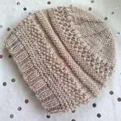 We Like Knitting: Simple Sample Hat - Free Pattern