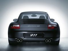Terrible spelling blunder or one of a kind vehicle? What would you do? #Porsche. http://dailym.ai/1HuUQi9