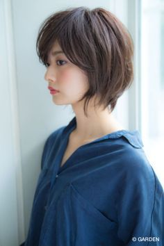 【Un ami ブチ】 自然に決まる 大人可愛いナチュラルボブ | GARDEN HAIR CATALOG | 原宿 表参道 銀座 美容室 ヘアサロン ガーデン Korean Short Hair, Short Hair Cuts, Short Bob Hairstyles, Cool Hairstyles, Haircuts, Medium Hair Styles, Short Hair Styles, Corte Y Color, Hair Color And Cut