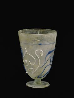 Roman glass trailed goblet, century A. Corning museum of glass Corning Glass, Corning Museum Of Glass, Historical Artifacts, Ancient Artifacts, Gold Glass, Glass Art, Cut Glass, Antique Glass, Antique Art