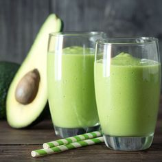Almond Milk Smoothie Recipes, Almond Butter Smoothie, Apple Pie Smoothie, Smoothie Packs, Green Smoothie Recipes, Milk Smoothies, Avocado Smoothie, Best Green Smoothie, Losing Weight