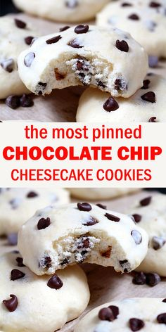 These cookies with cream cheese and mini chocolate chip simply melt in your mouth. Chocolate Chip Cheesecake Cookies are simple, light and delicious, my favorite cookie recipe. Salty Cake, Healthy Dessert Recipes, Great Desserts, Eat Healthy, Savoury Cake, Clean Eating Snacks, Donuts, Yummy Food, Favorite Recipes