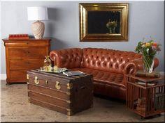 Chesterfield bútorok - # Loft bútor # antik bútor#ipari stílusú bútor # Akác deszkák # Ágyásszegélyek # Bicikli beállók #Bútorok # Csiszolt akác oszlopok # Díszkutak # Fűrészbakok # Gyalult barkácsáru # Gyalult karók # Gyeprács # Hulladékgyűjtők # Információs tábla # Járólapok # Karámok # Karók # Kérgezett akác oszlopok, cölöpök, rönkök # Kerítések, kerítéselemek, akác # Kerítések, kerítéselemek, akác, rusztikus # Kerítések, kerítéselemek, fenyő # Kerítések, kerítéselemek, fém # Kerítések… Loft Design, Chesterfield Chair, Vintage Designs, Accent Chairs, Shabby Chic, Couch, Furniture, Home Decor, Chic