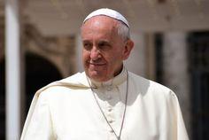 El problema más grave no es el hambre sino perder la dignidad al no tener trabajo, dice el Papa (The most serious problem is not hunger but loss of dignity by not having work, Pope says)
