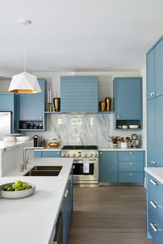 Sarah Richardson's Off-the-Grid Rental Home Kitchen Colors, Kitchen Decor, Kitchen Design, Kitchen Ideas, Ikea Kitchen, Kitchen Layout, Kitchen Images, Kitchen Pictures, Fresh Concrete Caesarstone