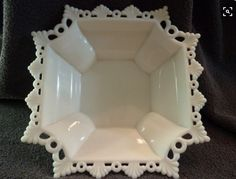 Westmoreland Milk Glass Faceted Lace and Ring Edge Bowl