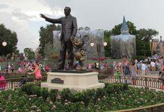 Magic Kingdom Plaza / Hub Construction Update – June 2015 | The Disney Blog