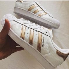 gold superstars