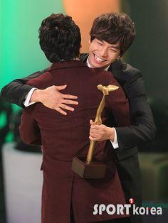 Lee Seung Gi, Lee Jong Suk, Big Bang Top, Gu Family Books, Thank You For Caring, Jung Yong Hwa, G Dragon, Daddy, Korean