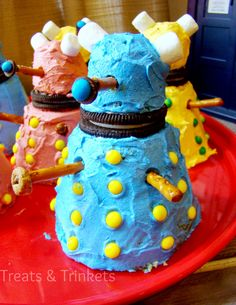 Treats & Trinkets: #DoctorWho Dalek Cupcake Tutorial