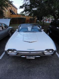 """Location: Car Cruise-In """"The Plaza At Davie"""" FL.. 1962 Ford T-Bird. Photographer: Tim Sims. 04-10-2015"""