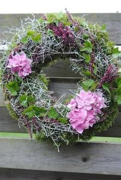 Picture result for höstkransar pictures - result .- Picture result for höstkransar pictures – # höstkransar - Deco Floral, Arte Floral, Christmas Wreaths, Christmas Decorations, Summer Wreath, How To Make Wreaths, Door Wreaths, Flower Decorations, Floral Arrangements