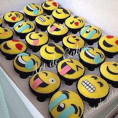 - Chocolate Cupcakes with Emojis Themed Fondant Art, Decorative Sugar Cookies! TAG a Cake Lover! - Cake b Fondant Cupcakes, Chocolate Cupcakes, Cupcake Cookies, Sugar Cookies, Cupcake Toppers, Party Emoji, Emoji Cake, Cupcake Emoji, Themed Cupcakes