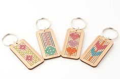 Diy Cross Stitch Key Fob Kit - Bamboo Rectangle With Flowers And Vine Pattern