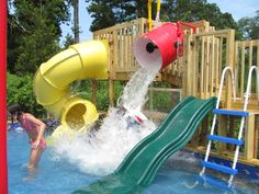 Above ground pools have always been the best and the cheapest option to build swimming pool. Here's the reason why you should invest in above ground pool rather than in-ground ones. We have above ground pool tips and ideas. Backyard Water Parks, Backyard Pool Landscaping, Backyard Playground, Backyard Kids, Playground Ideas, Water Slides Backyard, Swimming Pool Slides, Above Ground Pool Landscaping, Landscaping Design