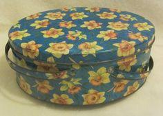 this is so precious! Gorgeous Oval Vintage Sewing Tin by vintagecornucopia on #Etsy @vntgcornucopia