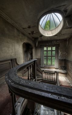 Abandoned Manor by Paul Howes on 500px