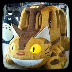 Catbus Hayao Miyazaki, Everything Is Awesome, Princess Mononoke, Cute Food, Totoro, Studio Ghibli, Pretty Cool, Neko, Holi