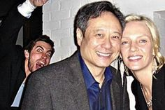 Celebrities Who Have Mastered The Art Of Photobombing - Neatorama