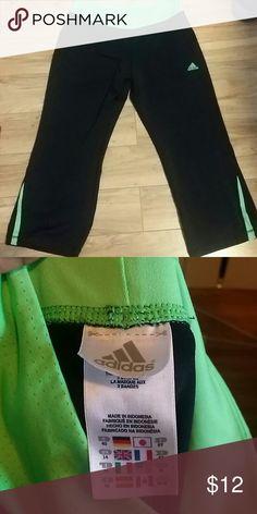 Adidas workout pants Lime green Flattering fit Size medium Pants Capris