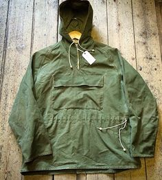 """1940's Bukta Sportswear Mountaineering Smock // Heavy Canvas // Lightning Zips // Made in England // Interesting Off Centre Drawstrings // Size Large (p2p 25"""""""