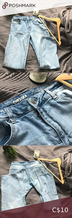 Jeans These are a little bit old but still in good condition. *They are high waisted* Jeans Plus Fashion, Fashion Tips, Fashion Trends, High Waist Jeans, Best Deals, Closet, Outfits, Collection, Things To Sell