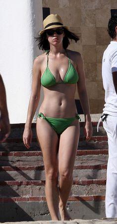 Naked sexy arabain women