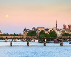 Prachtig Parijs  Parijs ligt aan je voeten! Verblijf 2 3 of 4 dagen in de Lichtstad in Hotel Apogia Paris inclusief dagelijks ontbijt en parkeren  EUR 29.00  Meer informatie  #vakantie http://vakantienaar.eu - http://facebook.com/vakantienaar.eu - https://start.me/p/VRobeo/vakantie-pagina
