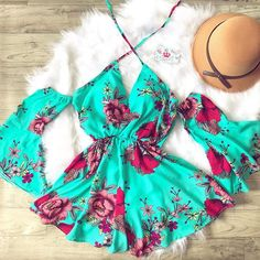 Pin by Ana Lucia on Macaquinho in 2019 Sexy Dresses, Beautiful Dresses, Casual Dresses, Fashion Dresses, Cute Summer Outfits, Pretty Outfits, Cute Outfits, Kpop Outfits, Spring Summer Fashion