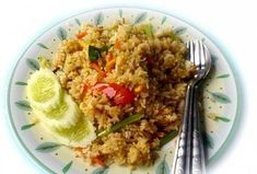 Thai fried rice, a must for any well-rounded diet. Stir Fry Recipes, Rice Recipes, Recipies, Thai Fried Rice, International Recipes, Nom Nom, Favorite Recipes, Asian, Diet