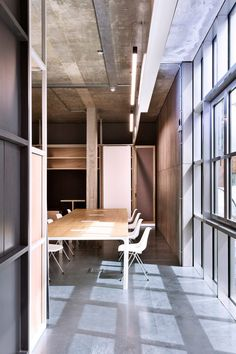 The interior design by Brinkworth features a material palette of birch plywood and linoleum. Minimal Home, Zaha Hadid Architects, Steel Structure, Creative Industries, Amazing Architecture, Living Room Interior, Second Floor, Wood And Metal, Ground Floor