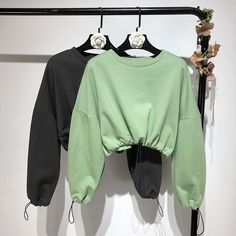 Kpop Fashion Outfits, Girls Fashion Clothes, Crop Top Outfits, Cute Casual Outfits, African Inspired Clothing, Stylish Hoodies, Casual Tops, Korean Fashion, Lounge Wear