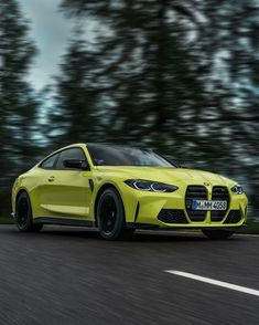 The 2021 M4 coupe is fully redesigned, more powerful, and can even analyze and score your drifts. Plus, it's not even that much pricier than before. Automotive News, Automotive Industry, Cool Sports Cars, Cool Cars, Bmw M4, Jeeps, Vehicles, Sick, Indian